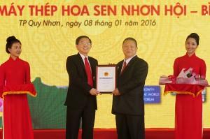 trao GCN Hoa Sen