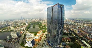 High-rise skyscraper Lotte Center Hanoi, which is covered by high-quality glass. Photo: baoxaydung.com.vn