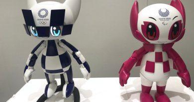 Robot linh vật của Olympic và Paralympic Tokyo 2020 trình làng