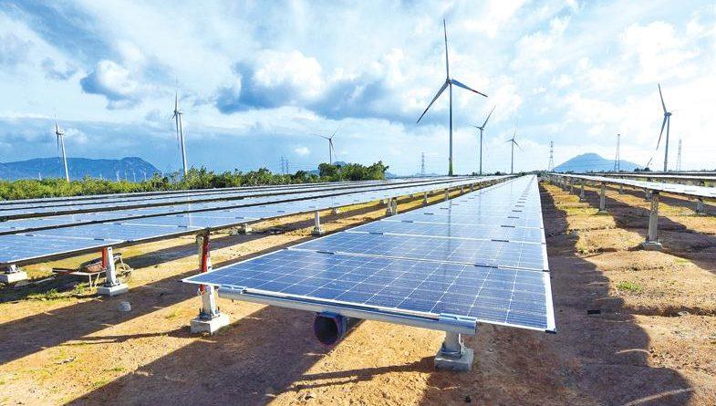 Chính sách giá điện mặt trời mới gây hoang mang cho doanh nghiệp