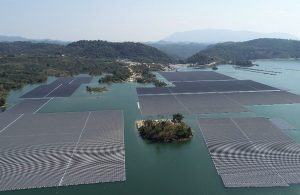 Hydro-floating solar farms: opportunity for Vietnam's renewable energy sector