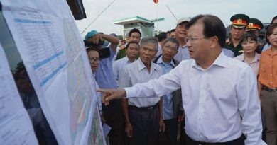 Deputy PM pushes construction of Long Thanh int'l airport