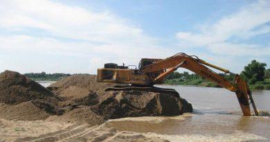 Bộ Tài chính: Điều chỉnh giá tính thuế tài nguyên cát, sỏi, đá xây dựng