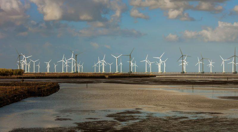 ADB provides $116 million loan to develop wind farms in Quang Tri